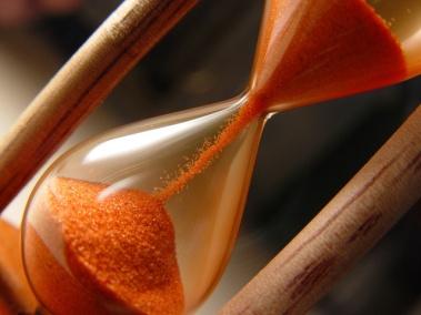hourglass-1543596-640x480